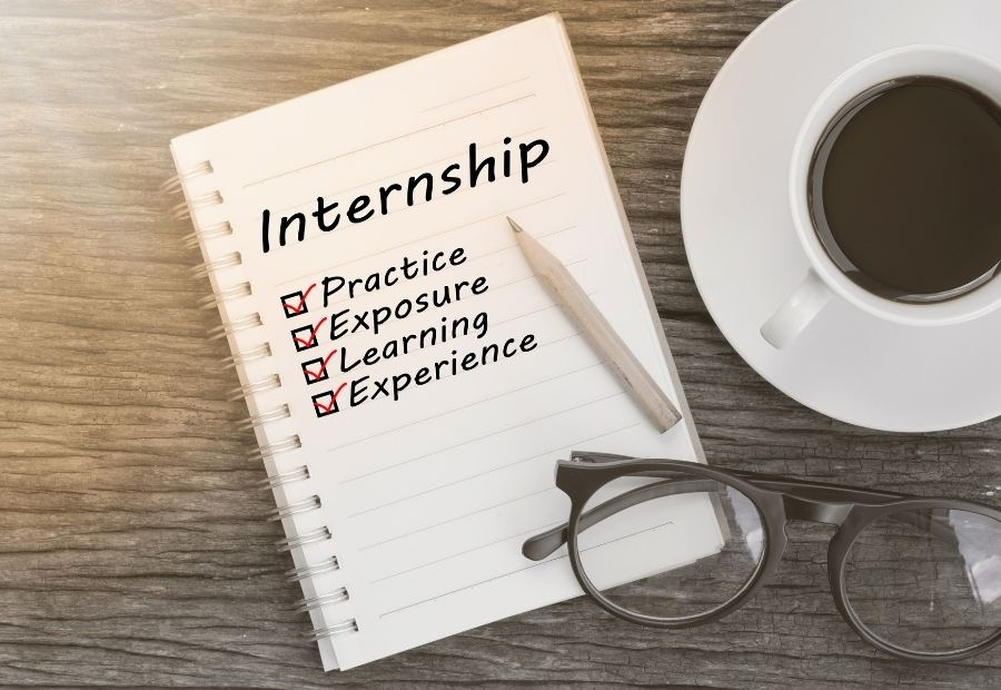 Internship Opportunity with Adv. Pulkit Aggarwal by Neeti Shastra